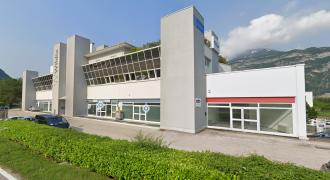 Magazzino con annessi uffici a Mattarello